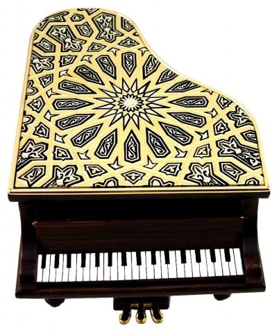 PIANO CON MOTIVO MUDÉJAR